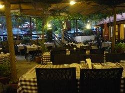 John's Taverna