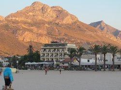 Ubicación del hotel sobre la playa