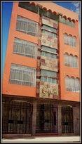 Hotel Cantuta Inn