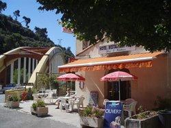 Hôtel Restaurant Des Deux Vallées