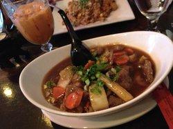 Thai Chef & Noodle Fusion - Penndel