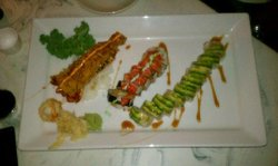 Japango Lobster Bomb and Cali Roll