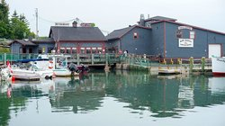 Hall's Harbour Lobster Pound & Restaurant