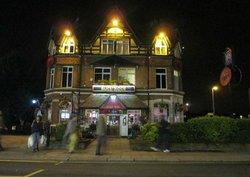 Bulstrode Pub Bul Bar Restaurant