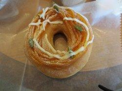 Krispy Kreme Doughnuts Yokohama Minatomirai