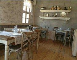 Alamet-i Farika Restaurant