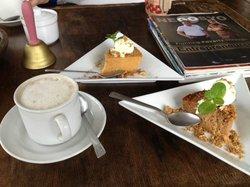 Arca's Yard Cafe