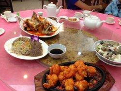 Tai Fung Lau Peking Restaurant