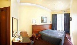 Nautilus Inn Hotel