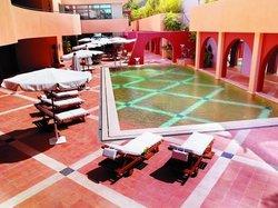 Aquarius Pool Bar & Terrace