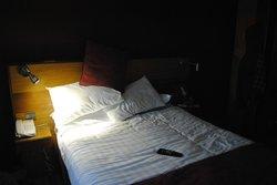 Room 107 bedroom