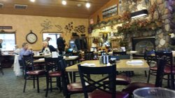 Pine Peaks Restaurant & Gifts