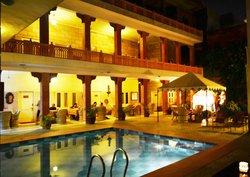 Rasoda Pool View Restaurant