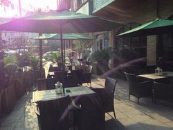 Dena Restaurant&bar