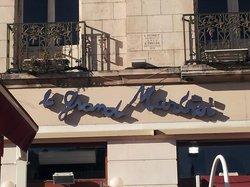 Cafe du Martroi