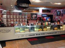 On & Popoppon East Coast Gourmet Popcorn Co