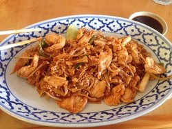 Thai Thai III Restaurant & Sushi