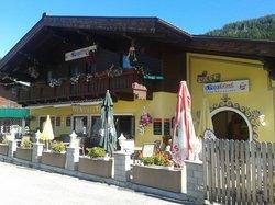 Restaurant Grill Cafe Peterhausl