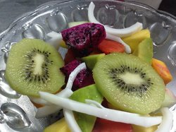 Street fruit salad 25,000 vnd