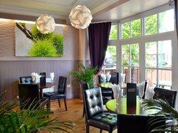 Stone's Bar & Restaurant