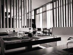 Puro Blanco Japanese Restaurant