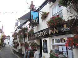 ‪The London Inn‬