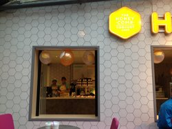 Honeycomb Yoghurt Shop