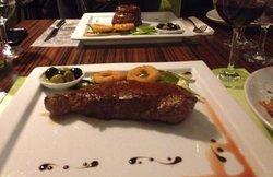 Duna Garden Restaurant and Grill