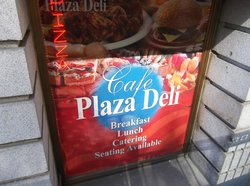 ‪Cafe Plaza Deli‬