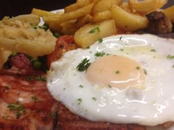 Pettits of Grimsby Gammon, egg home made chops and onion rings