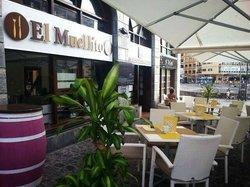 El Muellito Tasca & Lounge