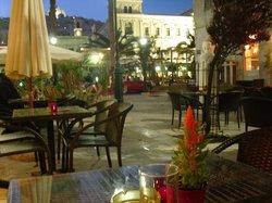 Belle Epoque cafe & Bistro