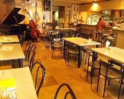 Jazz & Kitchen Cafe Marufuku