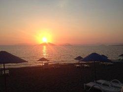 Sercul2 chalis beach