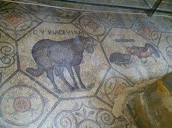 Cripta degli affreschi, presso la Basilica di Santa Maria dell'Assunta