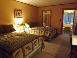 Boulders Motel & Cottages