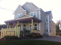 The Arnott House
