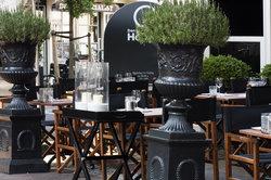Restaurant&lounge DOH