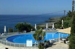 Cardamili Beach Hotel