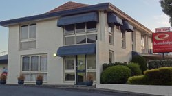 Econo Lodge Hacienda Motel Geelong