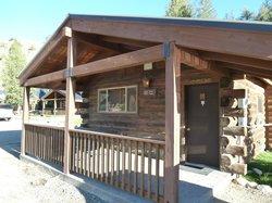 Cabin 30 - porch