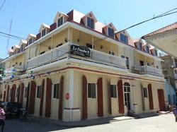 Le Paradis S. Hotel
