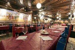 Panorámica sala Tablao Flamenco Villa-Rosa