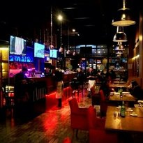 LA Field Cafe & Bistro
