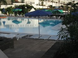 middle pool