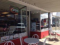 Redbird Deli and Ice Cream Parlor