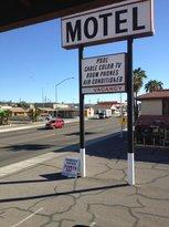 Desert Rancho Motel
