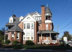 Bechtel Victorian Mansion Bed and Breakfast Inn