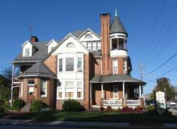 Bechtel Victorian Mansion Bed and Breakfast Inn
