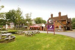 Premier Inn London Gatwick Airport East (Balcombe Road) Hotel